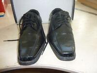 Black shoes, Size 6