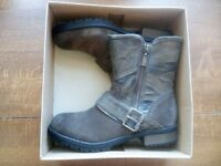 Brand new womens CLARKS boots SIZE 5 in box