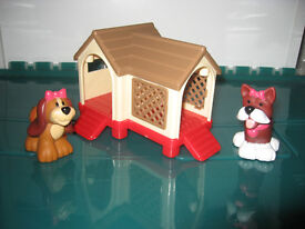 Happyland pups and kennel in excellent condition from a non-smoking home. Ideal Christmas present!