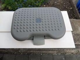 Footrest, tilting adjustable, as new.