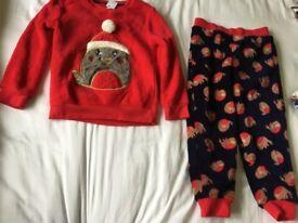 New girls age 5-6 years pyjamas f&f christmas robin wearing santa hat fleece