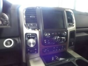 2015 Ram 1500 LARAMIE 4X4 CREW CAB 5.7L Kitchener / Waterloo Kitchener Area image 17