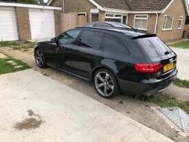 Audi A4 Avant Quattro Black edition