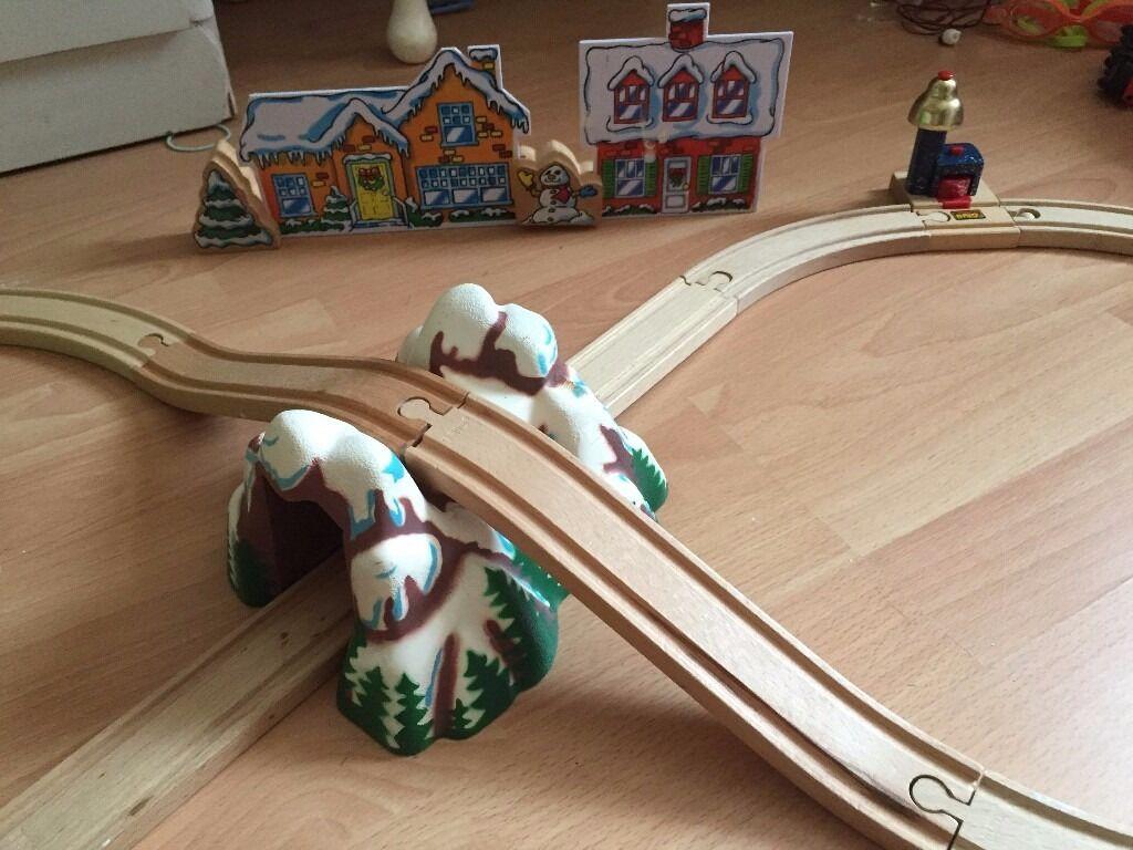 BRIO CHRISTMAS POLAR EXPRESS RARE TRAIN SET FROM AMERICA. RRP £800+