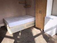 Bright Double Room in Kilburn Zone 2