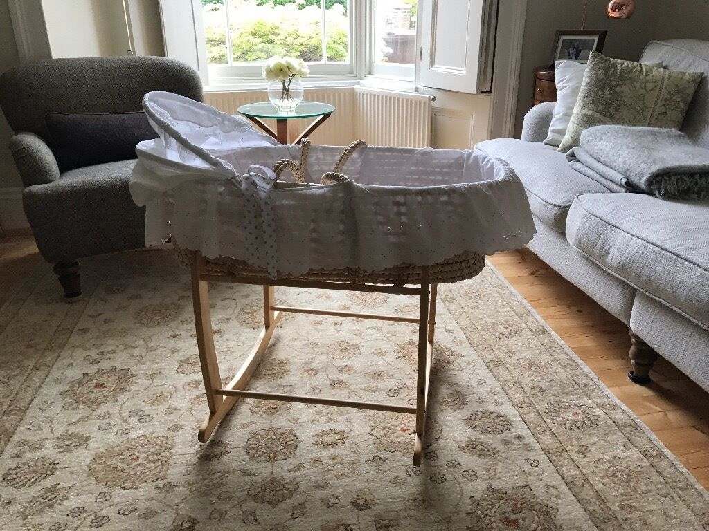 Rocking crib for sale doncaster - Moses Basket With Rocking Frame And Bed Linen