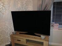 """Samsung 55"""" 4K curved tv (damaged)"""