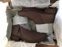 Brand new boxed 100% genuine UGG Lavelle casual boots shoes in camel colour see pictures UK SIZE-5