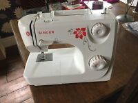 Singer sewing machine 8280