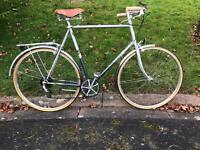 Vintage Town Bike. Raleigh Nova. Large 6 speed.