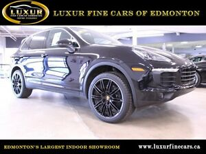 2016 Porsche Cayenne | Low Kms |