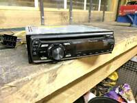 Pioneer Car Radio - AUX / CD / Detachable face