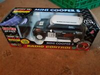 Remote control minis all in working order and are ideal xmas presents