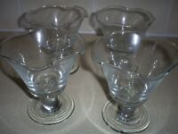Set of 4 Decorative Glass Bowls