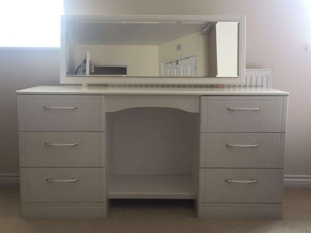 Dressing Table with mirror and 3+3 drawers - White