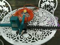 Black and decker electric hedgetrimmer