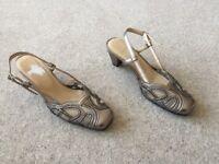 Ladies Silver Pavers Sandals -Size 5