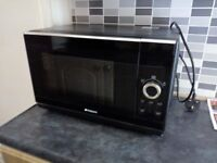Hotpoint 800w microwave oven
