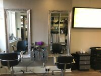 Chair to rent in Busy Hairdressing Salon