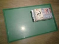 1 Puppy Training Pad Holder + FREE 1 pack of Training Pad worth £4.99
