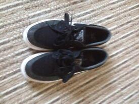 Mens Black Nike (Stefan Janoski) Trainers size 7