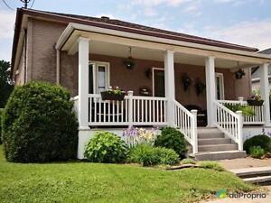 168 500$ - Bungalow à vendre à La Baie Saguenay Saguenay-Lac-Saint-Jean image 1