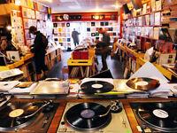 RECORDS/VINYL/LP'S WANTED. BERKS/BUCKS/THAMES VALLEY