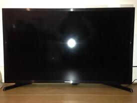 Smart TV Samsung full hd 80 cm used few days only