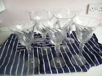 Set of EIGHT elegant Wine Glasses (New & boxed)