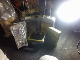 2 hexy burners and 2 messtins and a bag of powderd drinks