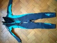 Preowned C-Skin childs Small Wetsuit