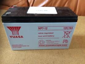YUASA NP7-12 ....12v,7Ah Battery