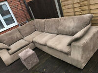 Gorgeous corded corner sofa, great condition, delivery possible too.