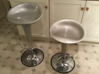 Swivel stools for kitchen or bar. x2