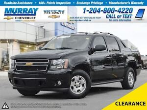 2013 Chevrolet Avalanche 4WD Crew Cab LS *All Wheel Drive, OnSta