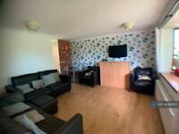 1 bedroom in Croft Mead, Chichester, PO19 (#881907)