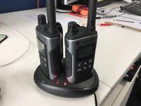 Motorola TLKR T80 Walkie Talkies, pair with charger