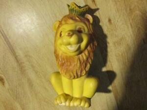 VICEROY Rubber Squeak Toy Bank LION King Doll Vintage Canada