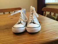 SIZE 2 TRAINERS
