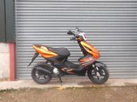 yamaha aerox 50cc motorbike scooter