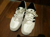 Sports shoes Adidas Engarde (fencing shoes)