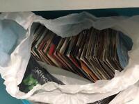 """250 12"""" + 350 7"""" vinyl records"""