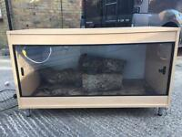 4x2x2ft vivarium or enclosure cage for lizard snake bearded dragon