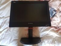 "All in Lenovo ThinkStation M73z 20"" Core i3-4130 RAM 6GB HDD 500GB Win 8 Pro"