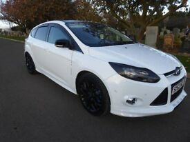 Ford Focus 1.6 Ecoboost - low miles -