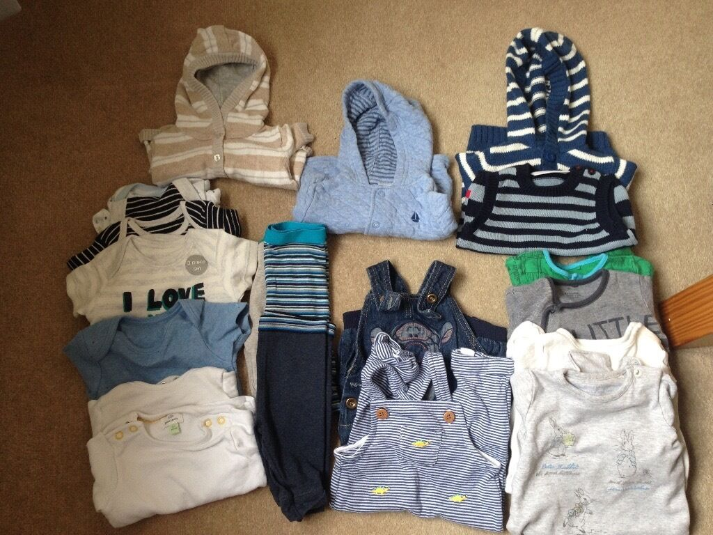 Baby Clothes Bundle 0 3 months including White company, John Lewis, nextin Inverurie, AberdeenshireGumtree - All in good condition. Bundle includes 6vests, 4sleepsuits, 2 pairs of dungarees, 1 tank top, 3 trousers, 2 hoodies and 1 jacket