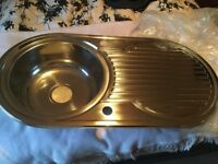 Kitchen sink round single bowl brand new - bargain