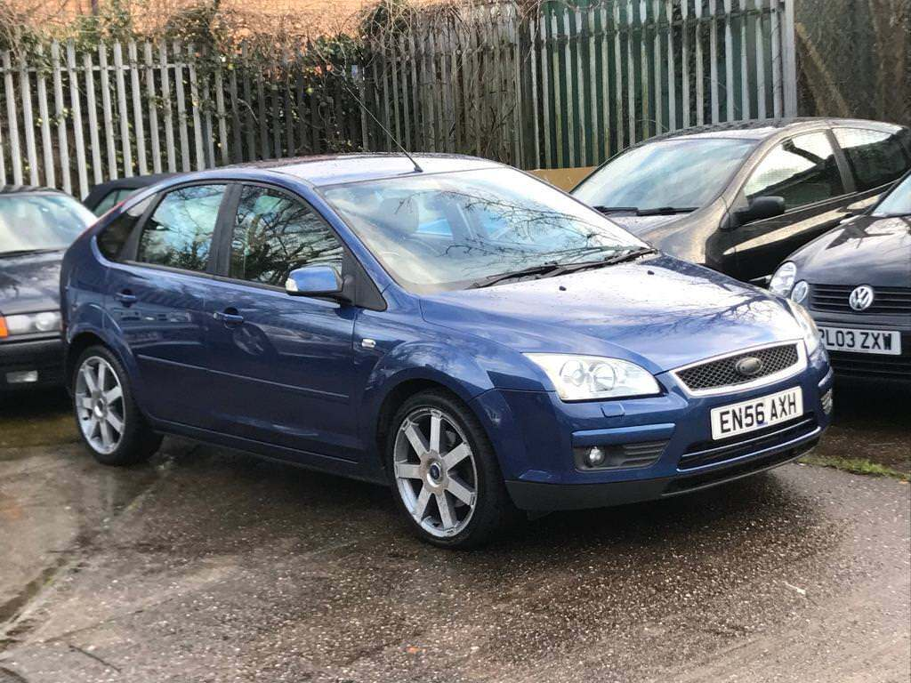 ford focus ghia diesel top spec full leather low mileage. Black Bedroom Furniture Sets. Home Design Ideas