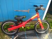 Frog Tadpole Plus Balance Bike in Red