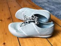Merrell urban walking shoes NEW